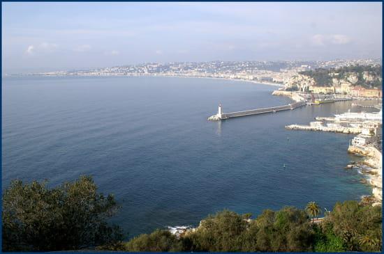 NICE اجمل مدن فرنسية من ناحية السياحة Baies-nice-france-1286416123-1179269