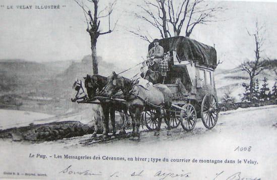 Malle-poste en 1900 - Photo d'une ancienne carte-postale
