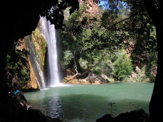 Une cascade, le bruit de l\'eau, nos sens en eveille - Page 3 Cascades-draguignan-france-4448205829-545729