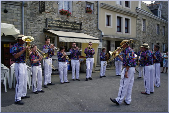 Fanfare du Léon Fanfares-roscoff-france-1191716311-1343545