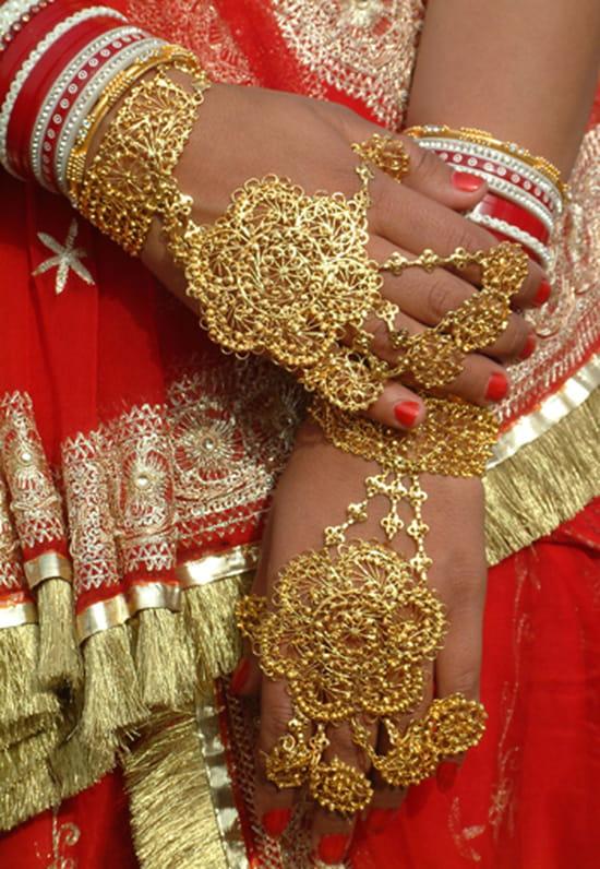 الهند ..جمال و حضارة من مختلف انواعها .. Folklore-jaisalmer-inde-5515710712-127530