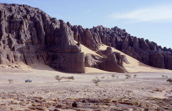صور من الصحراء الجزائرية * غرداية * تمنراست ...* Gorges-canyons-dunes-tamanrasset-algerie-6932184101-10781