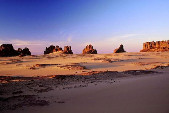صور من الصحراء الجزائرية * غرداية * تمنراست ...* Gorges-canyons-tamanrasset-algerie-6839868427-159288