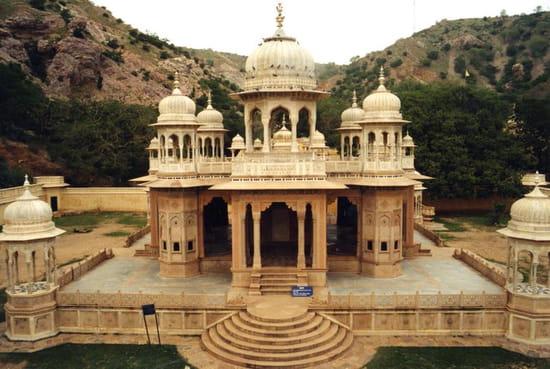 mausolees-jaipur-inde-1248520812-1161922