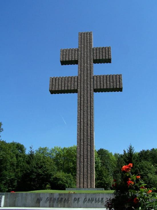 Charles de Gaulle- Colombey-les-deux-églises- Lille- Paris. Memoriaux-colombey-les-deux-eglises-france-1313903394-1342723