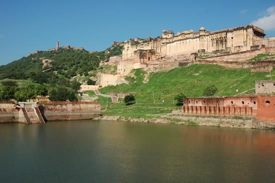 الهند ..جمال و حضارة من مختلف انواعها .. Palais-fortifications-jaipur-inde-8325464130-875345