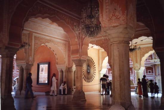الهند ..جمال و حضارة من مختلف انواعها .. Palais-jaipur-inde-9372064472-889679