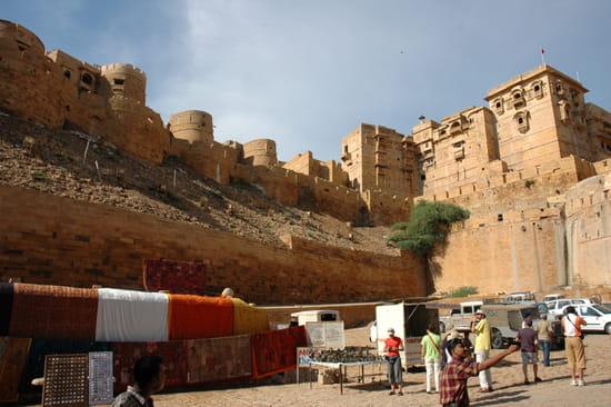 الهند ..جمال و حضارة من مختلف انواعها .. Palais-jaisalmer-inde-8598596454-876400
