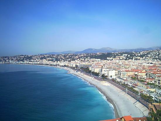 NICE اجمل مدن فرنسية من ناحية السياحة Panorama-nice-france-1308396316-1197075