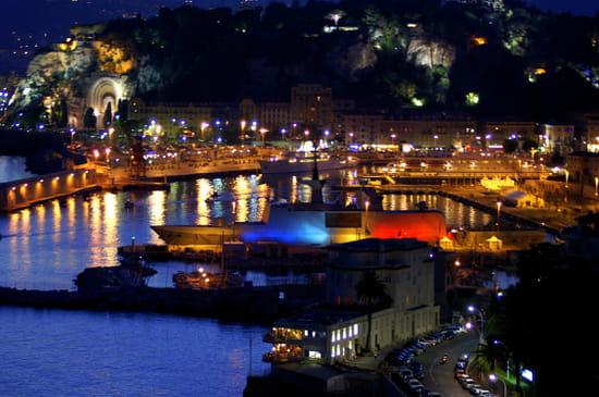 NICE اجمل مدن فرنسية من ناحية السياحة Ports-nice-france-1142299927-1082163
