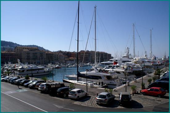 NICE اجمل مدن فرنسية من ناحية السياحة Ports-nice-france-1391736488-1082771