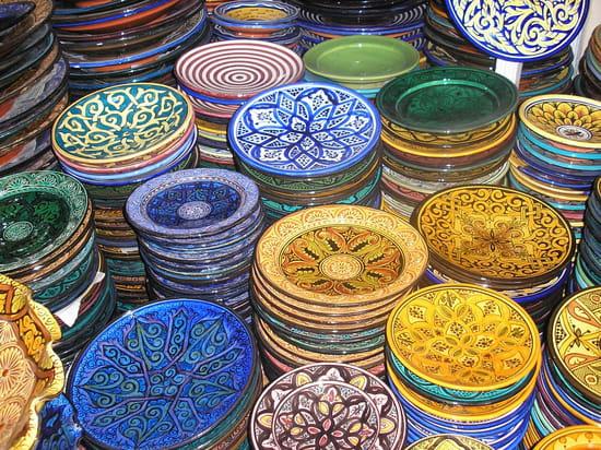 http://image-photos.linternaute.com/image_photo/550/poteries-potier-souk-safi-maroc-2950555683-880255.jpg