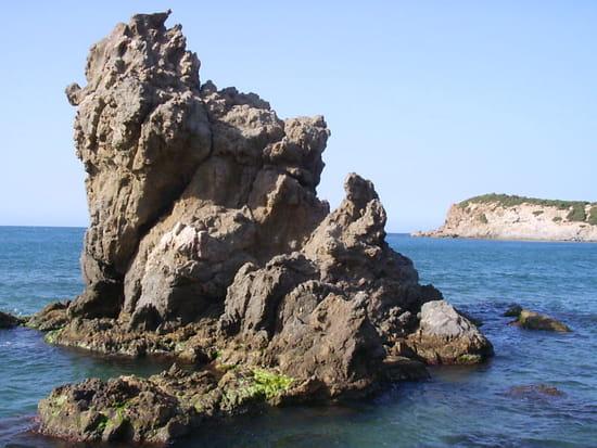 Rocher � la plage de figuier