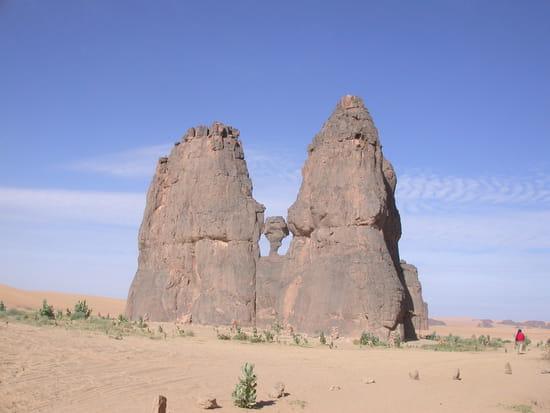 صور من الصحراء الجزائرية * غرداية * تمنراست ...* Rochers-roche-tamanrasset-algerie-9210931659-867040