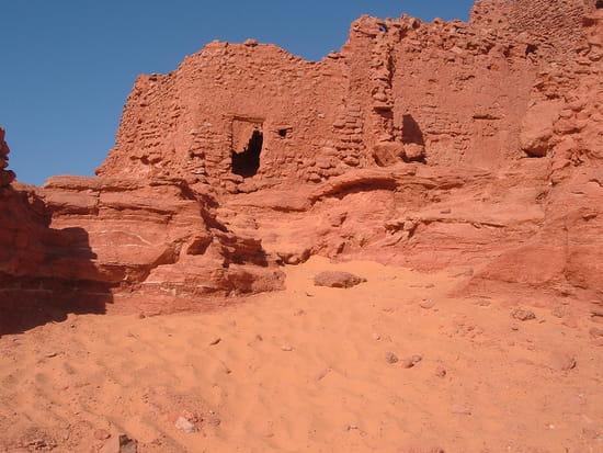 تعالو معي في كل مرة ولاية جديدة..................... vestiges-ruines-adra