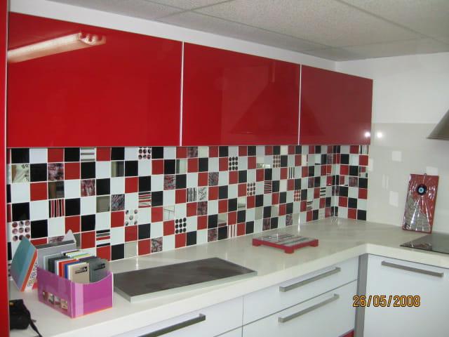 Mur de cuisine par mylene illouz sur l 39 internaute for L internaute cuisiner