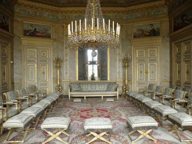 palais imp rial de compi gne par g rard robert sur l 39 internaute. Black Bedroom Furniture Sets. Home Design Ideas