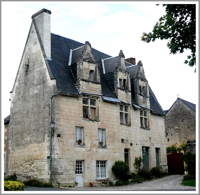 Achat Maison à Montreuil En Touraine 37530: Habitat Renaissance En Touraine Par Anette MONTAGNE Sur L