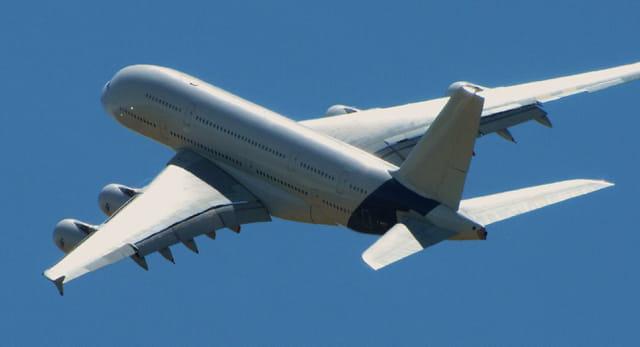 Immenses ailes d'acier. Airbus A380.