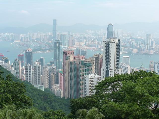 B timents modernes de hong kong guide de voyage tourisme - Farbiges modernes appartement hong kong ...