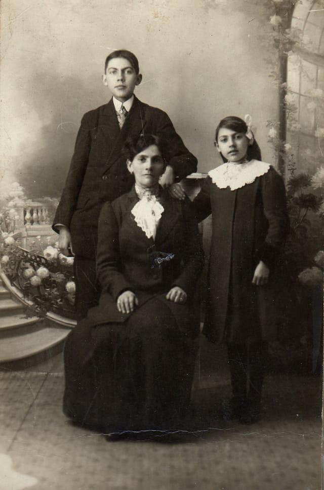 1913, ma mère a 9 ans