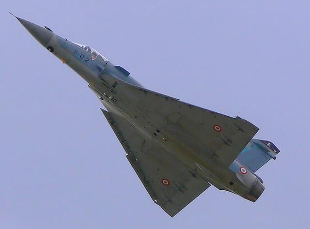 Dassault mirage 2000 par andr bordage sur l 39 internaute for Interieur mirage 2000