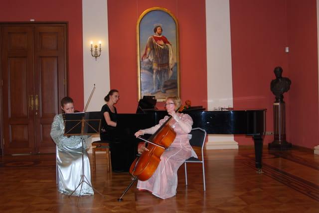 accueil en musique au Palais du Gouverneur de Yaroslavl