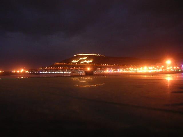 Agadir, la plage la nuit