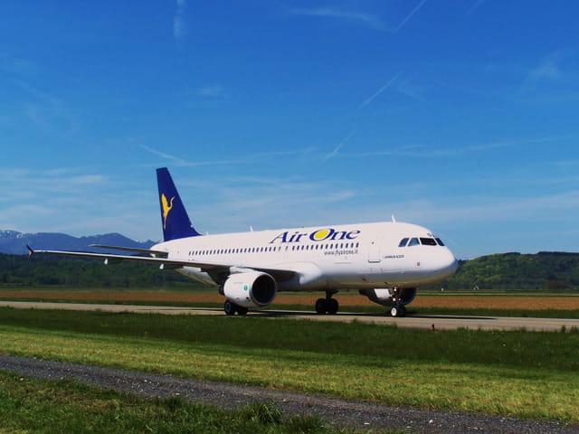 Airbus A320 - Cie Air One.