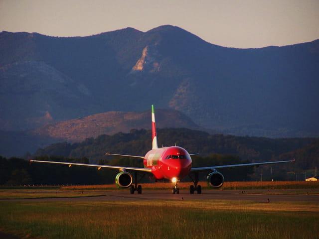 Airbus A320 - MYAIR.