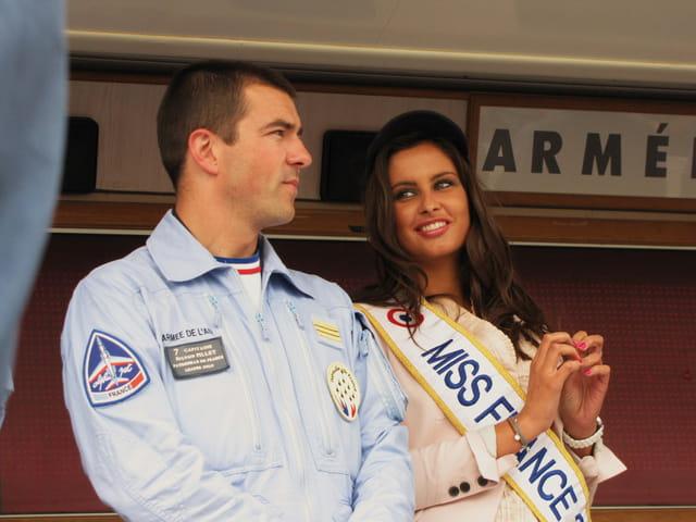 Airexpo - MURET - Patrouille de France et Miss France 2010.