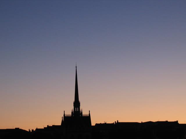 Angoulême au crépuscule