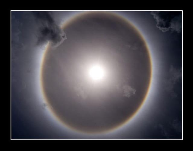 Anneau solaire sur l'oyapock