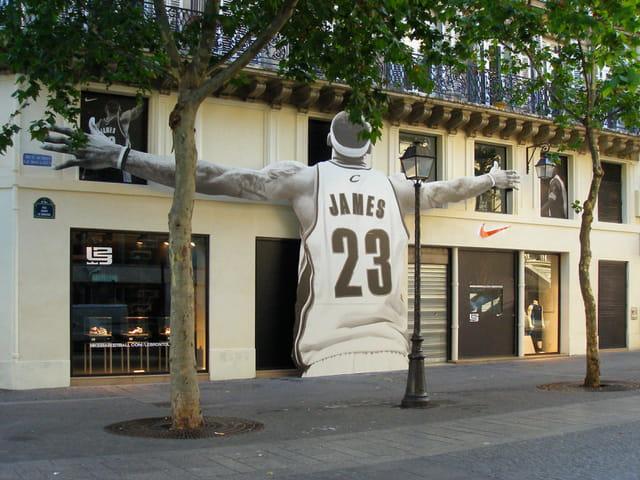 Apparition rue Aubry Le Boucher