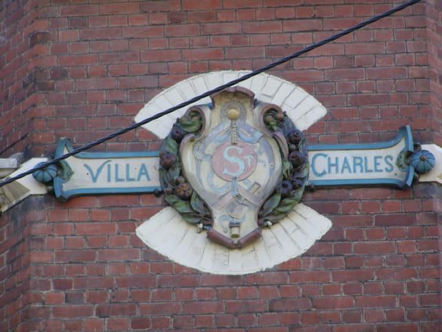 Armoiries de la villa Saint-Charles