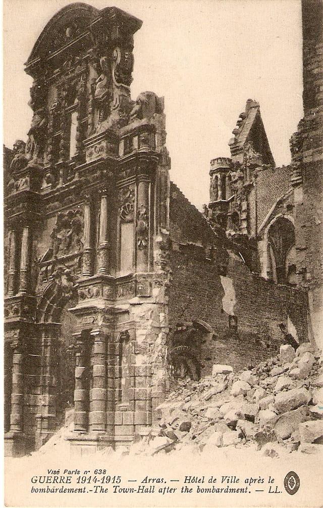 Arras après le bombardement