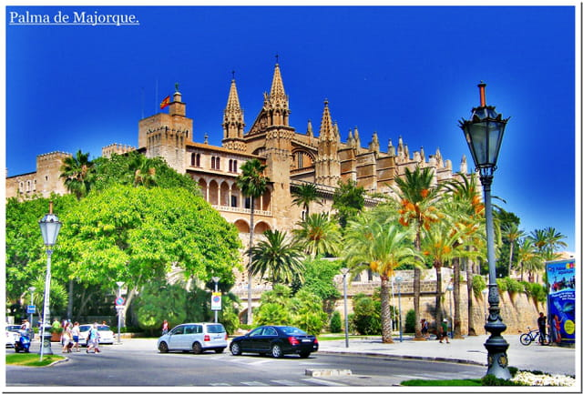 Arrivée à Palma de Majorque . . .façon carte postale :-)
