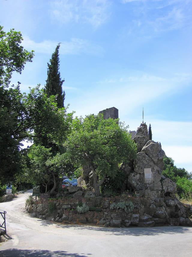 Arrivée au Village Médiéval