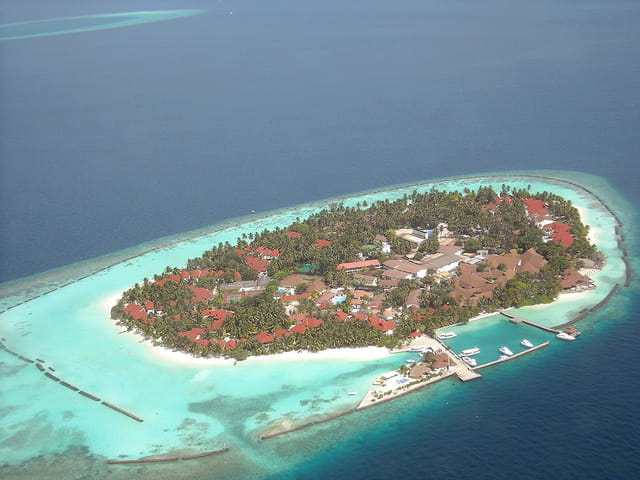 Atoll Ari (3) (Vue d'avion)