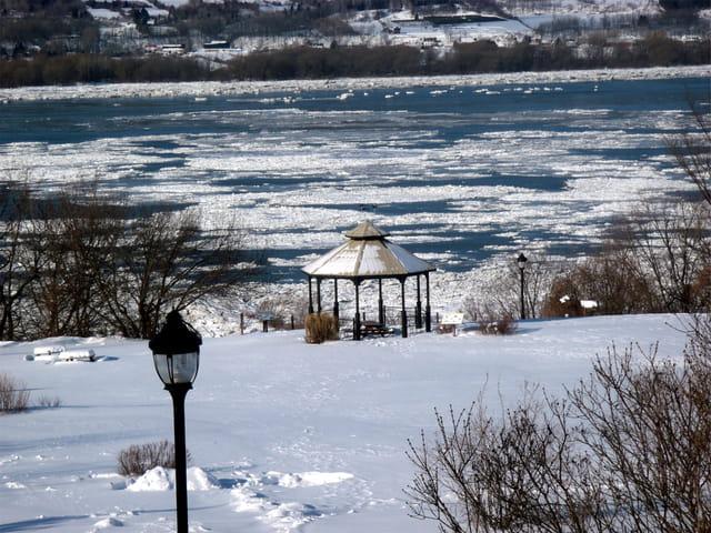 Au bord du Saint Laurent gelé