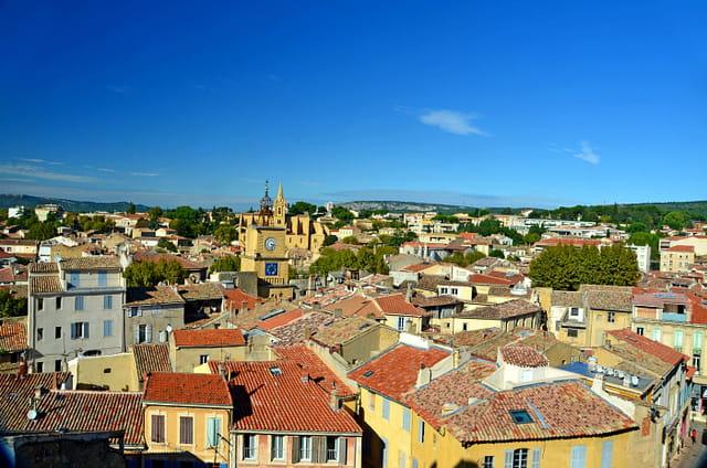 Au-dessus des toits (1), Salon-de-Provence