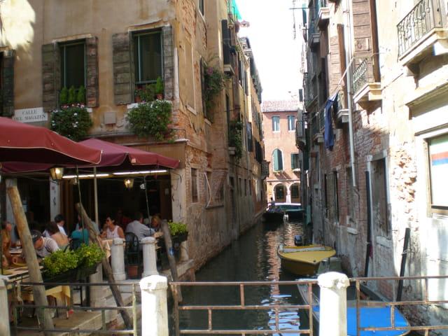 Au détour d'une ruelle à Venise