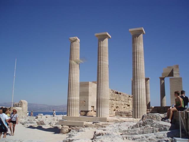 Au sein de l'acropole de Lindos