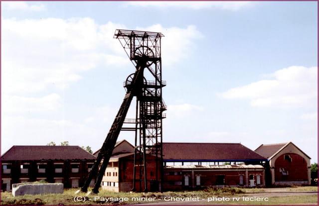 Auchel (62) et ses environs, paysage minier, chevalet