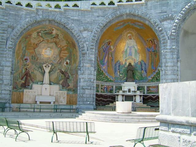 Autels de la basilique