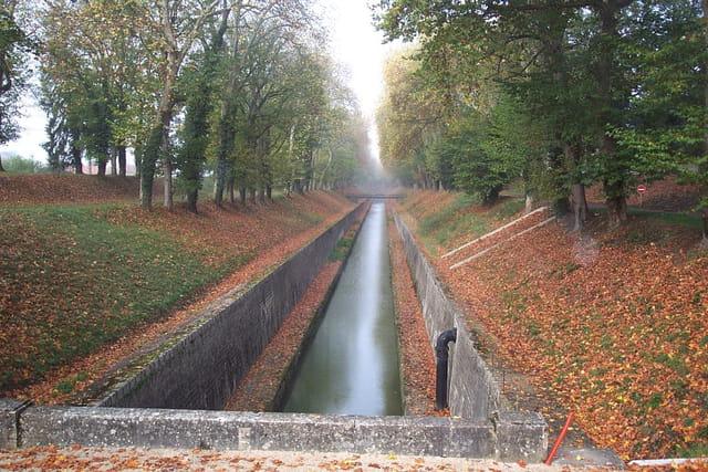 Automne sur le canal de Bourgogne