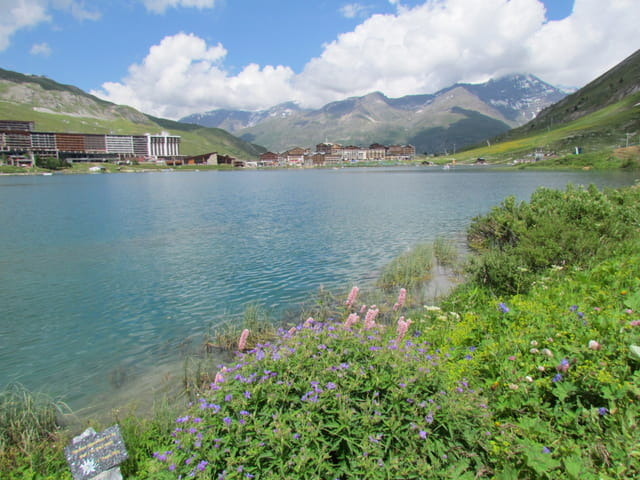 Autour du lac de Tignes
