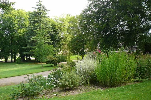 Autre vue du jardin botanique par jacqueline dubois sur l for Bd du jardin botanique