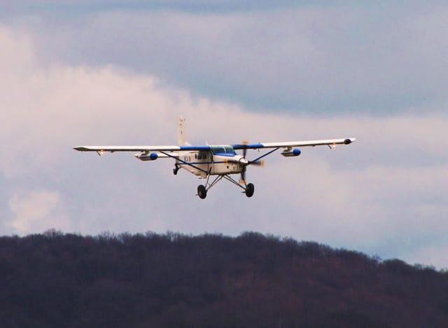 Avion à hélices. PILATUS.