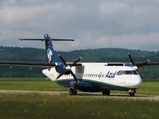 Avion ATR 72 AZUL - Brazilian Airlines.